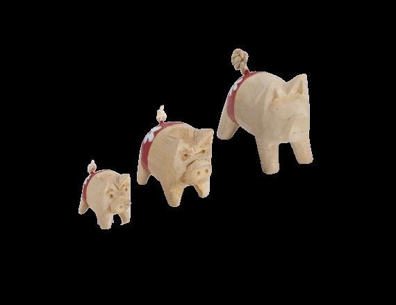 Holzschwein mit roter Hose